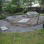 Bärlager klart och granitplattor börjar komma på plats.